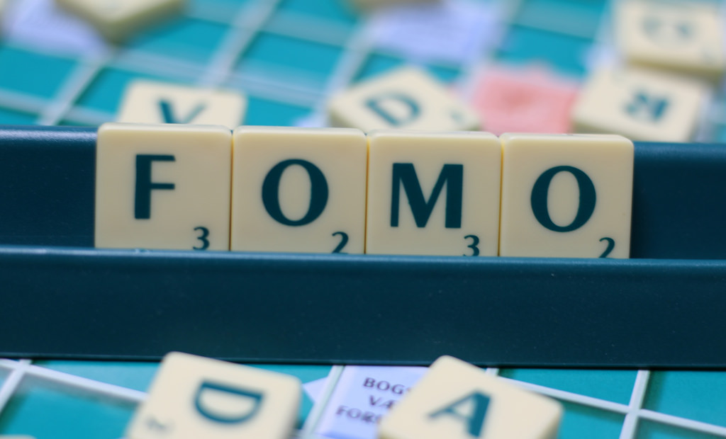 How Sales and Revenue Work Together to Avoid FOMO