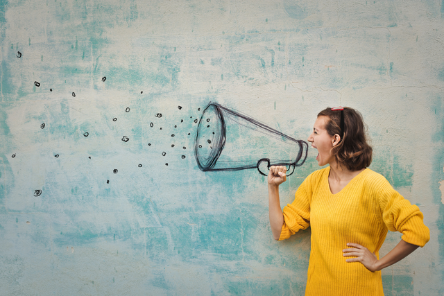 Tips for Successfully Pitching to Influencers