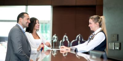 10 Tips for Hotel Front Desk to Always Be Prepared for The Next Guest